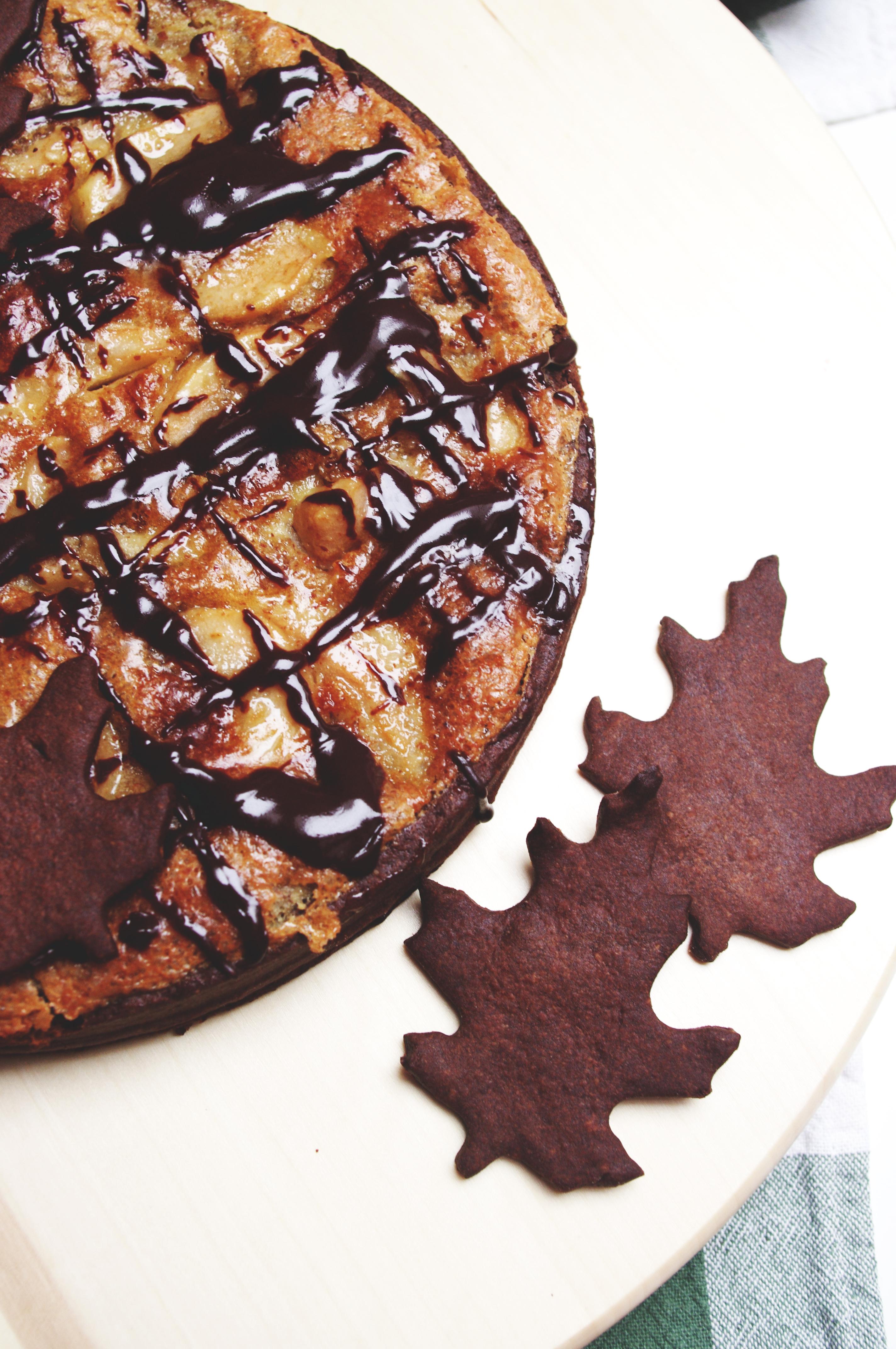 Tarte automnale aux poires, au chocolat et à la crème d'amande