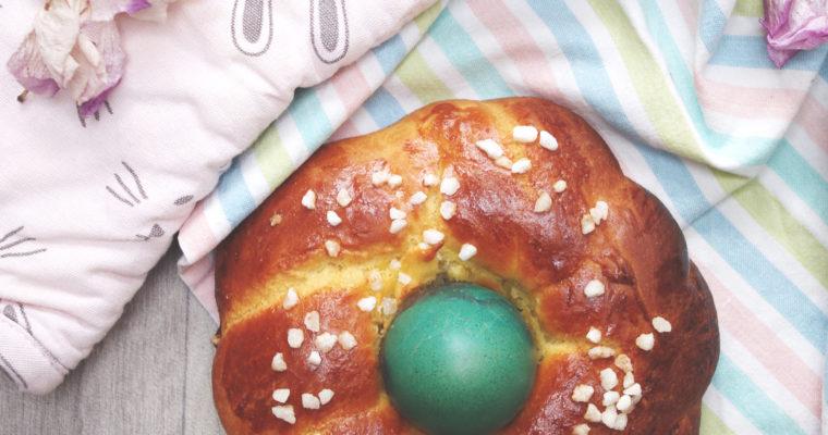 Couronne tressée de Pâques
