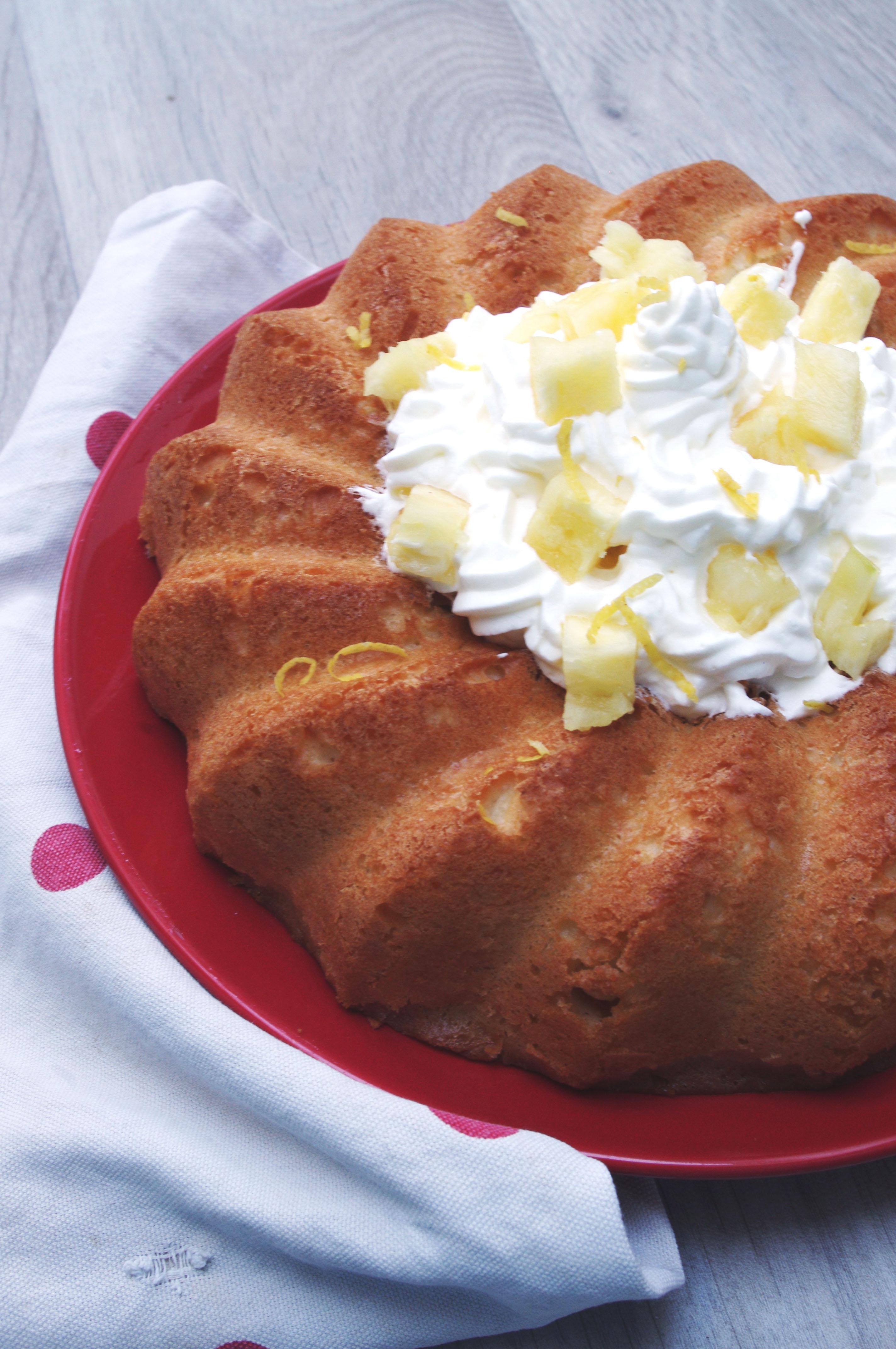 Savarin à l'ananas et au citron